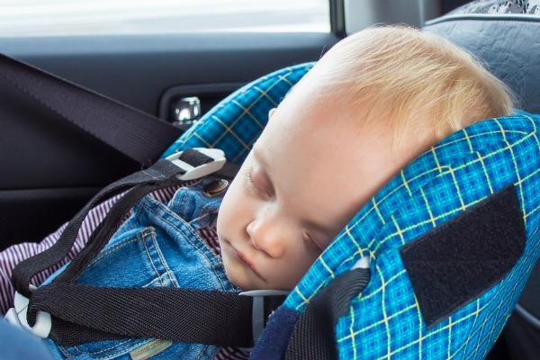 Infant Reminder: non dimenticare i bambini in auto