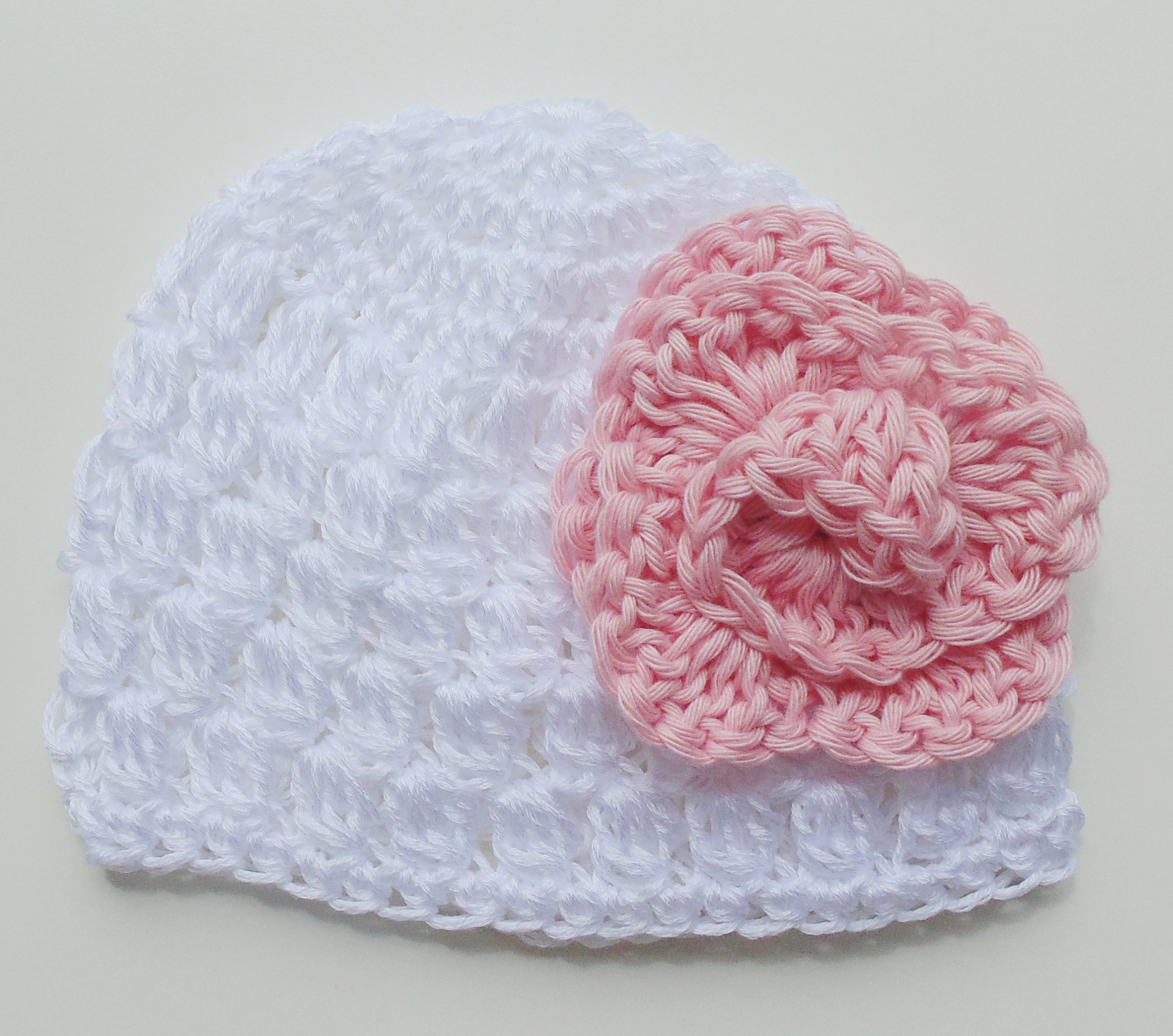 Super Cappellino per bambina ad uncinetto - Blogmamma.it : Blogmamma.it BK04