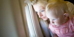 Viaggiare in aereo con un neonato