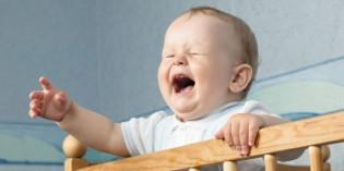 Lasciare piangere i bambini: ecco perché è terribile