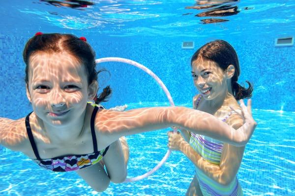 Cloro in piscina salute bambini