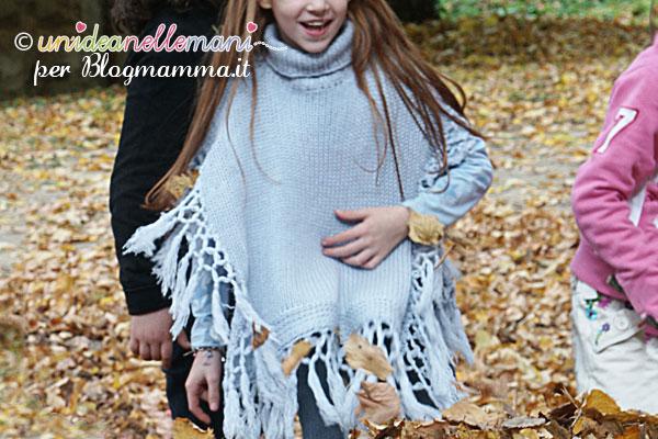 Poncho a maglia per bambini