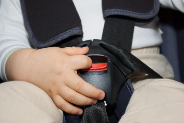 sicurezza dei bambini in auto: le novità