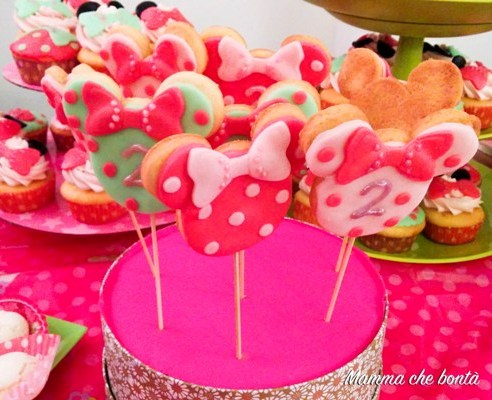 Biscotti decorati per regalini fine festa Minnie