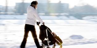 Cinque accessori passeggino per l'inverno da avere o farsi regalare