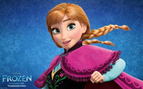 Principessa Anna di Frozen con mantello
