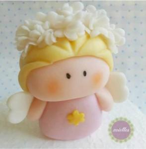 angelo in pasta di zucchero stilizzato