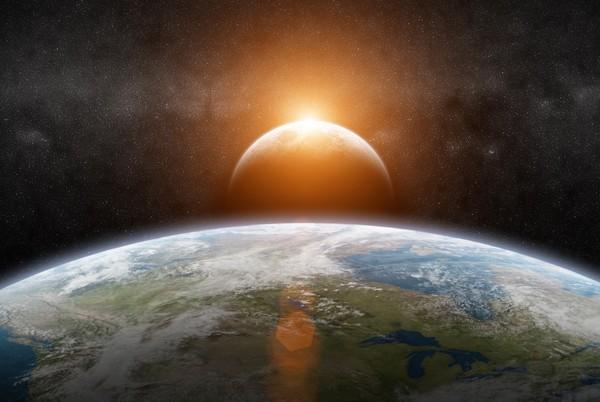 eclissi di sole e bambini: come spiegarla e come vederla in sicurezza