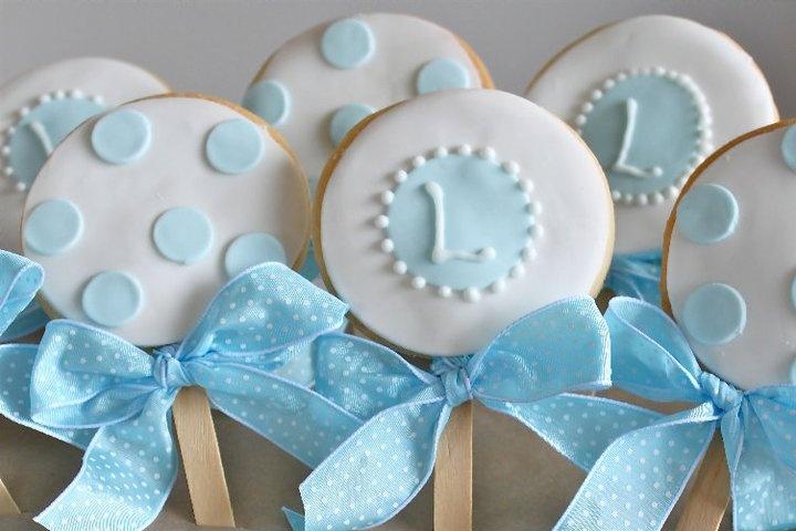 Biscotti per la prima comunione iniziali nome, pois e stecco
