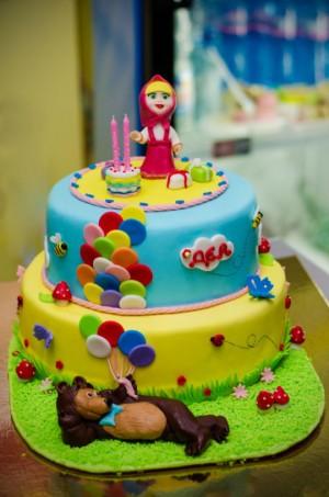 Festa a tema Masha e Orso_torta pasta di zucchero