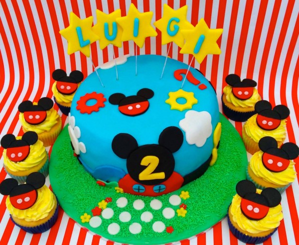 Festa a tema Topolino_torta e cupcake copertina