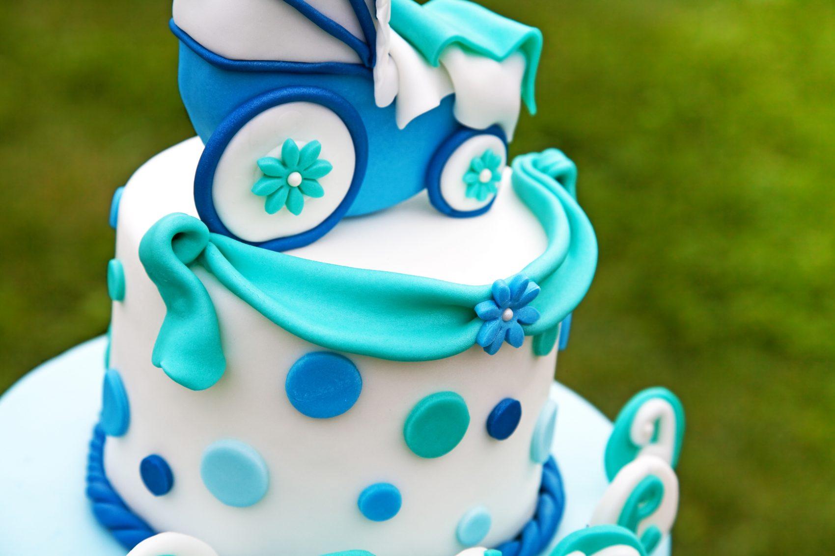 Torte decorate per battesimo carrozzina