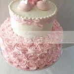 Torte decorate per battesimo_rose con crema al burro