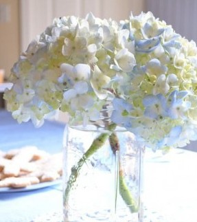 Addobbi per ricevimento di prima comunione idee - Composizioni floreali per tavoli ...
