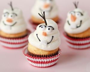 Buffet per una festa a tema Frozen_cupcake Olaf