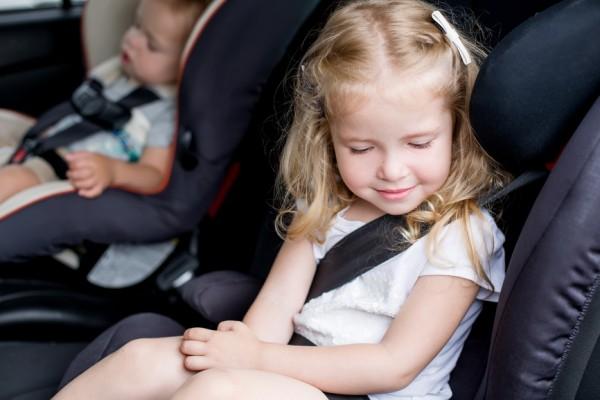 come fare se mio figlio soffre il mal d'auto