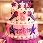 Torte di compleanno a tema Violetta_torta con le stelle