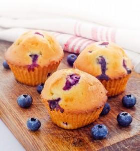 Merende facili per bambini_muffin con frutta fresca