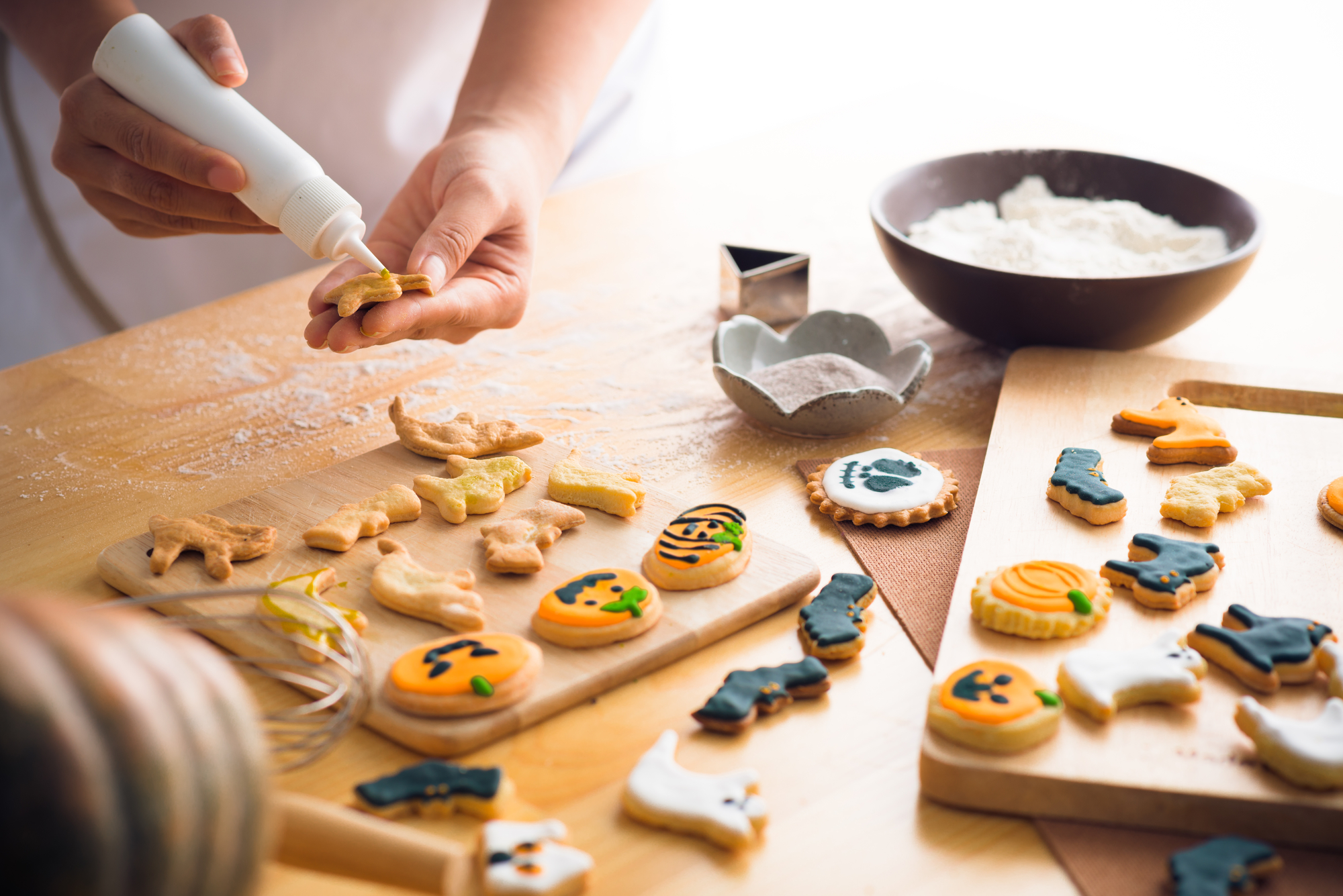 Biscotti di halloween da fare con i bambini decorazioni for Decorazione halloween ponte di san francisco