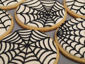 Biscotti di Halloween da fare con i bambini_ragnatela