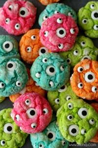 Biscotti di halloween da fare con i bambini_mostri dai mille occhi