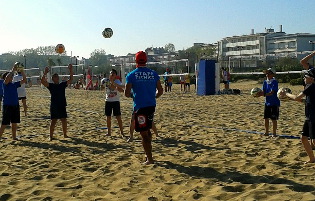 Beach and Volley School