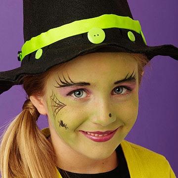 Halloween trucco strega bambina