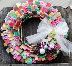 Decorazioni di Natale fai da te con la carta_ghirlanda colorata