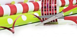 Addobbi di Natale fai da te con la carta regalo