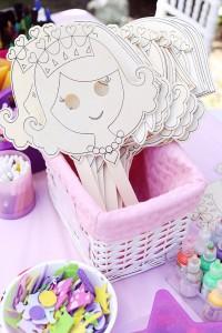 Festa a tema principesse fai da te_giochi e decorazione mashera principessa