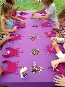 Festa a tema principesse_giochi e decorazione corone