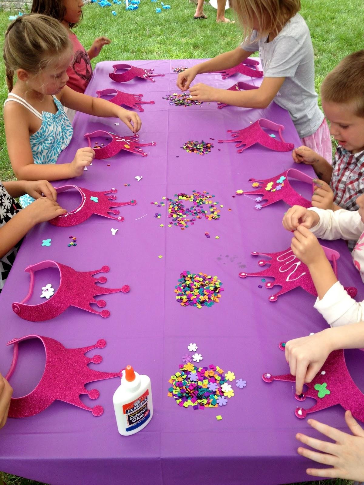 Festa a tema principesse fai da te for Princess birthday party crafts