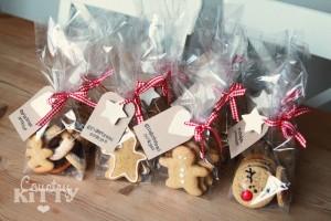 Lavoretti di Natale con la pasta di mais_ornamenti ferma pacchi