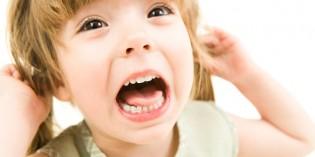Il bambino piange all'asilo. Perché? Come reagire?
