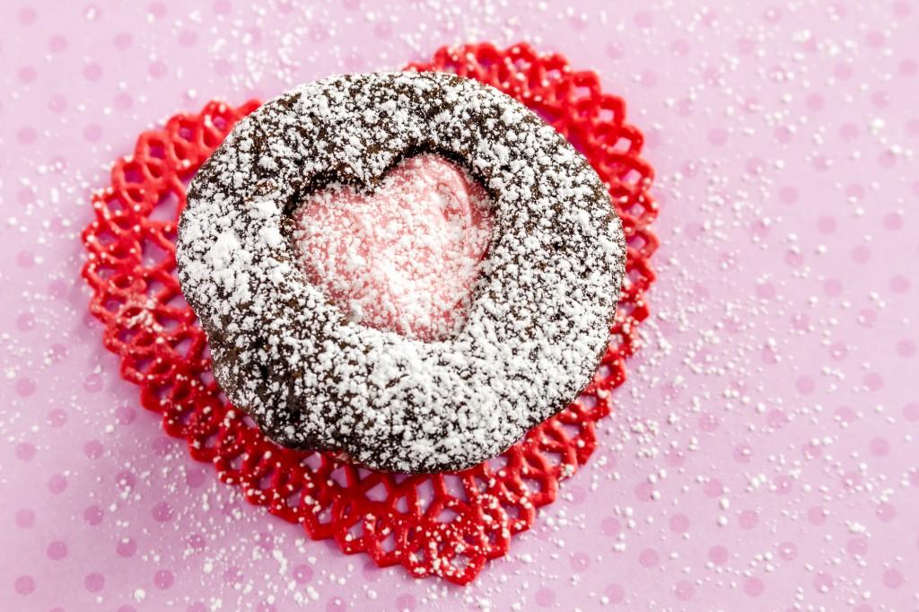 3 dessert per San Valentino facili e veloci _cupcake cioccolato e lamponi