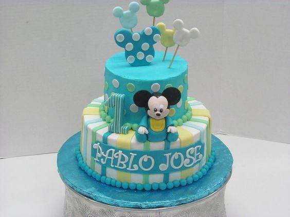 Torte di compleanno di Topolino panna e pasta di zucchero