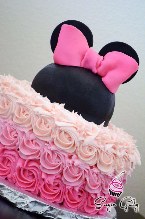 torte compleanno di Minnie con rose