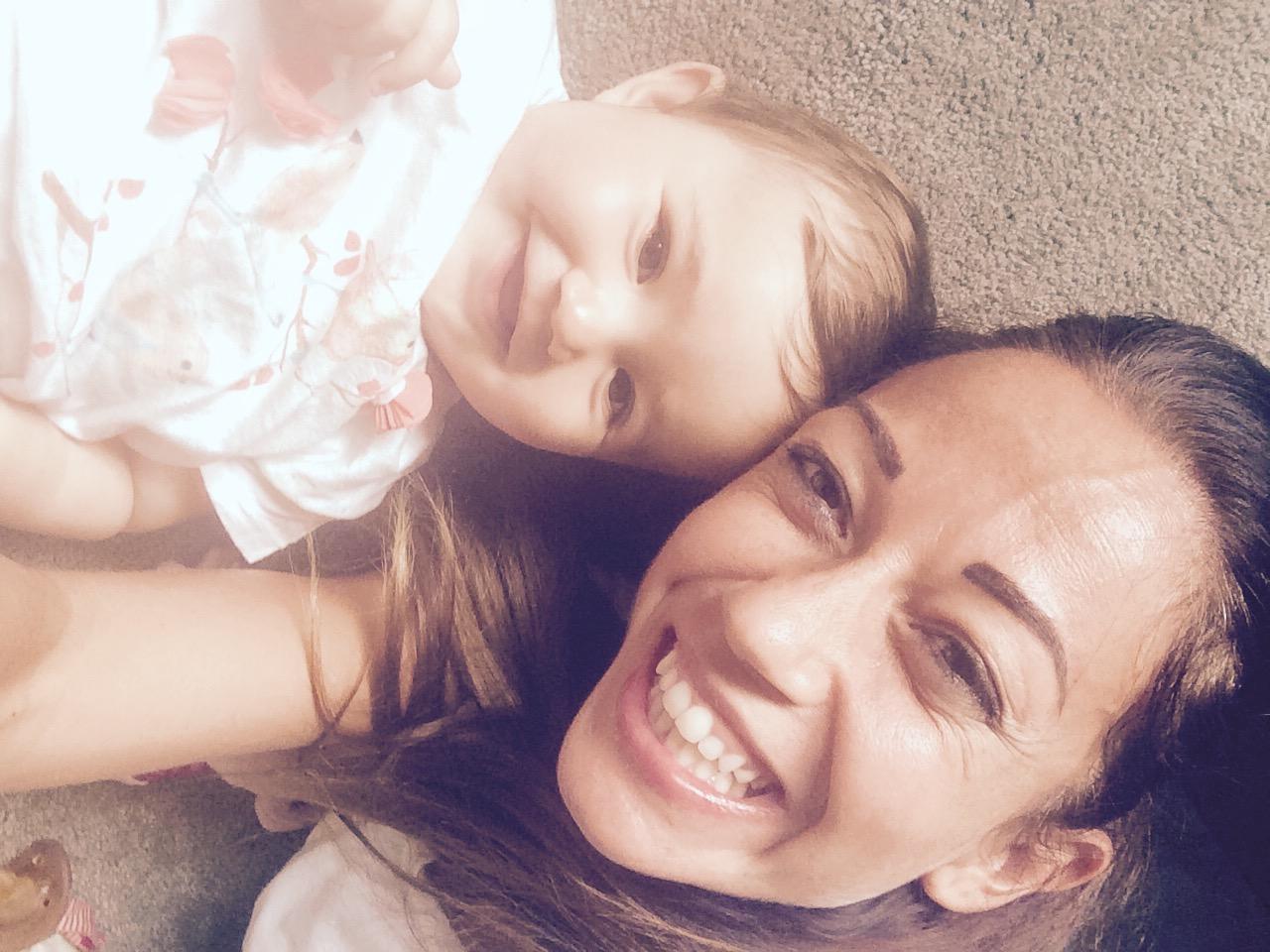 Foto Paola Croce con Bambina 2
