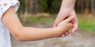 Come aiutare i figli nelle scelte senza essere timorosi o invadenti