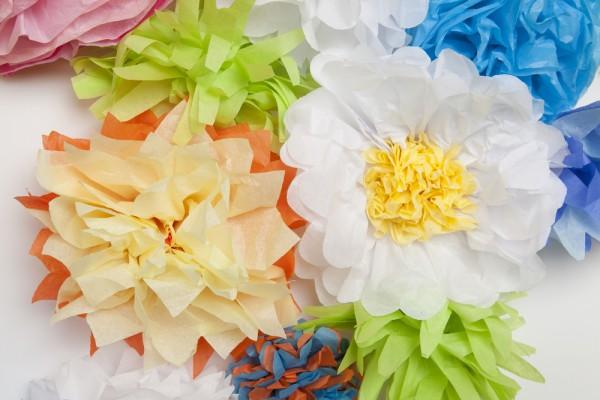 come fare i fiori di carta per addobbi cerimonie