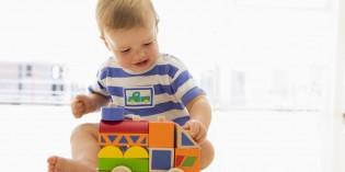 Dieci giochi e attività da fare con bambini di un anno