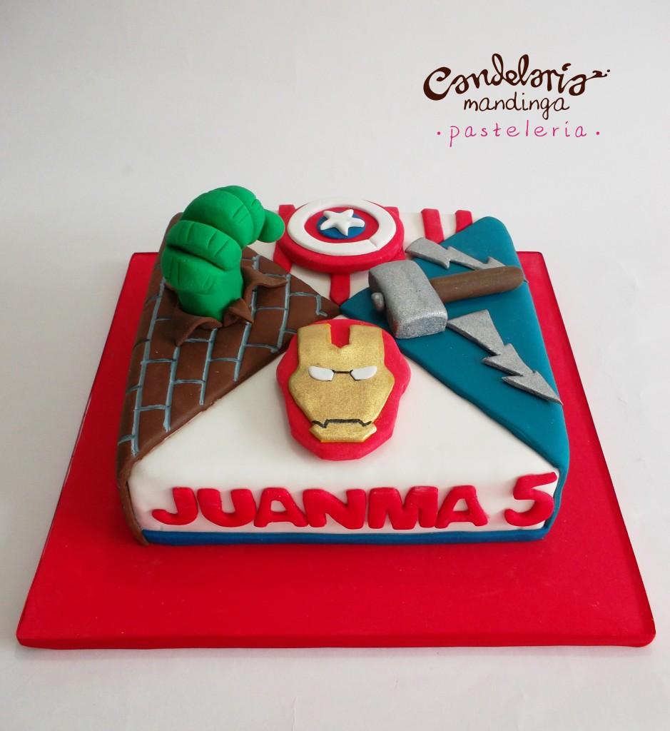 torte di compleanno degli avengers_quadrata