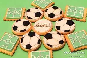 Come fare i biscotti calcio per festa compleanno bambino