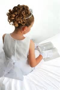 pettinature prima comunione capelli ricci