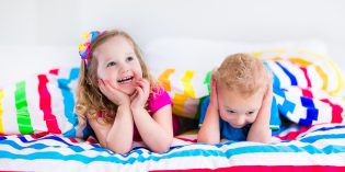 Come togliere il pannolino la notte ai bambini