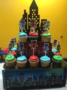 festa a tema PJ Masks_cupcakes