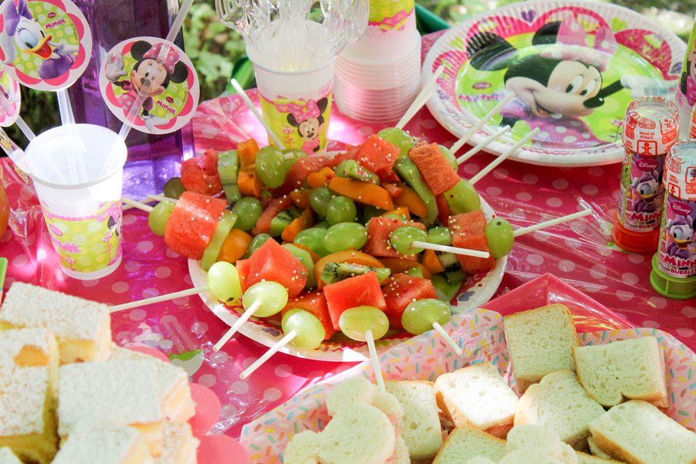 festa d'estate Disney Junior_spiedini di frutta