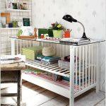 come riutilizzare un lettino da bambini_scrivania