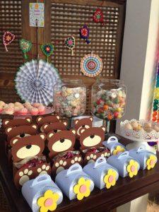 regalini fine festa di Masha e Orso_sacchetti orso e fiore