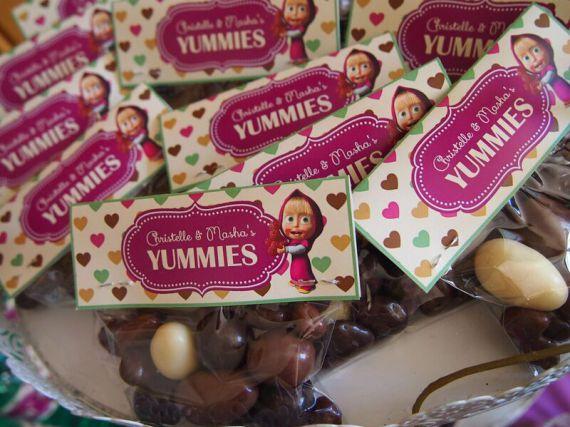 regalini fine festa di Masha e Orso_sacchetti ovetti cioccolato